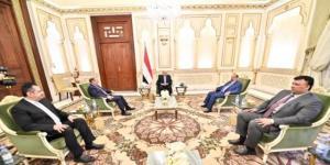على وقع الاحتجاجات بعدن وحضرموت ...هادي يلتقي نائبه والبركاني ورئيس الوزراء