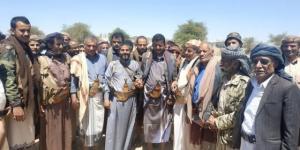 """ظهر مع اشخاص من ابناء قبيلة """"مراد""""...""""البخيتي"""" يعلن عن نجاته من محاولة اغتيال"""