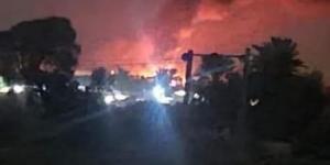 بالصور اشتعال النيران في قرى وادي عبيده بعد قصف الحوثي لها فجر اليوم