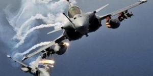 بأكثر من 20 غارة جوية طيران التحالف يستهدف مواقع عسكرية للحوثيين