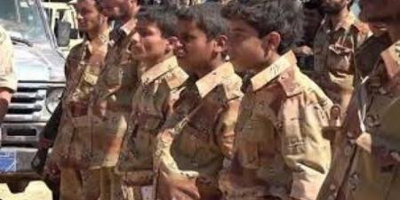 عقب اختطاف أطفالهم وارسالهم للجبهات... يمنيون يكشفون تواطؤ المنظمات الدولية مع الحوثيين