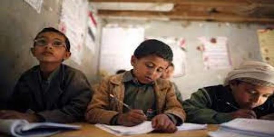 تحذيرات تربوية في صنعاء من انتهاكات متنوعة تطال القطاع التعليمي