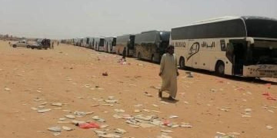 """لجنة تحقيق فوري بشأن آلاف المغتربين اليمنيين في """"الوديعة"""""""
