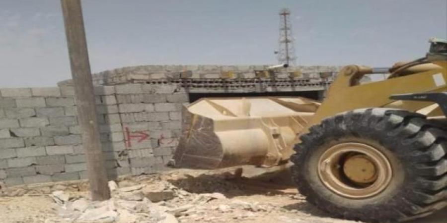 المهرة...حملة لإزالة المباني والأحواش المخالفة