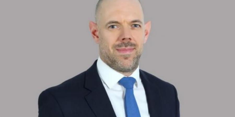 السفير البريطاني يتحدث عن العمود الفقري لليمن