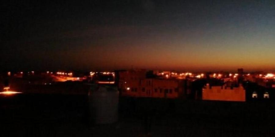 """مليشيا الحوثي تسيطر على مأرب وتعلن عن اشتباكات عنيفة داخل منزل اللواء """"العرادة"""" في """"تويتر"""""""