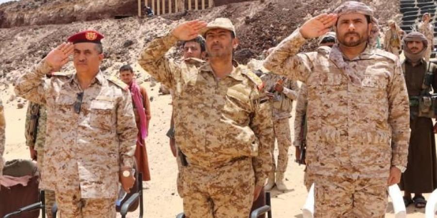 رئيس هيئة الأركان العامة : لن تطول معاناة اليمنيين أكثر مما مضى