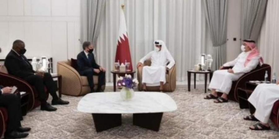 """مسؤول إماراتي يكشف عن رسالة أمريكية """"صادمة لدول الخليج"""" قد تعجل بإنهاء الحرب في اليمن رغم المستفيدين الأكبر"""