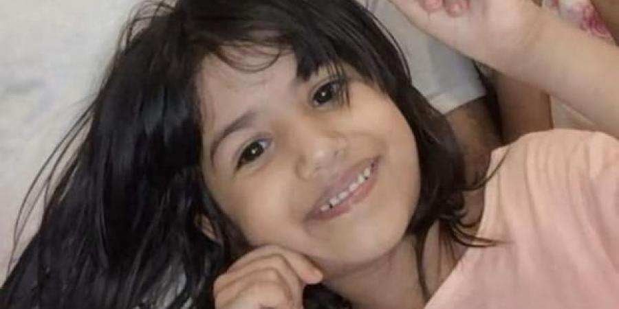 عدن...مقتل طفلة اثناء لعبها بسلاح والدها في المعلا