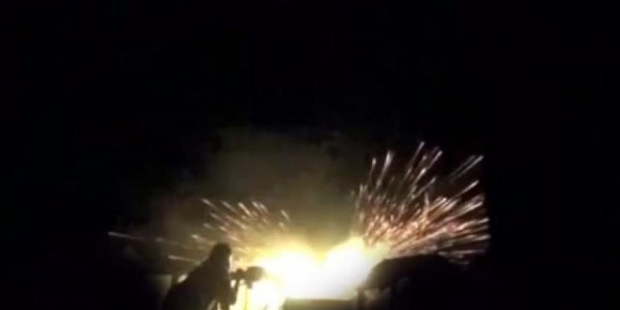 الان ... معارك عسكرية ليلية طاحنة داخل مدينة الحديدة وفرار جماعي للحوثيين