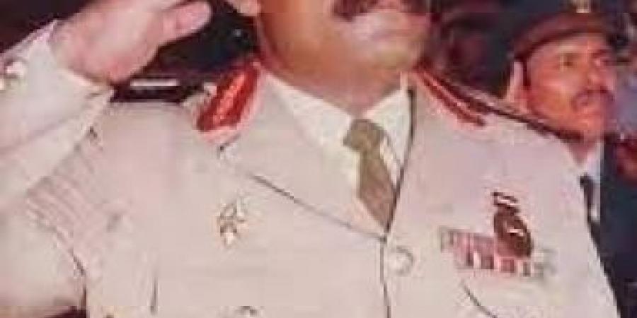 """حقيقة اصابة اللواء """"هيثم قاسم"""" بقصف حوثي"""