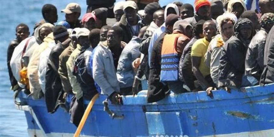 الهجرة الدولية تجلي 1500 مهاجر أفريقي من اليمن