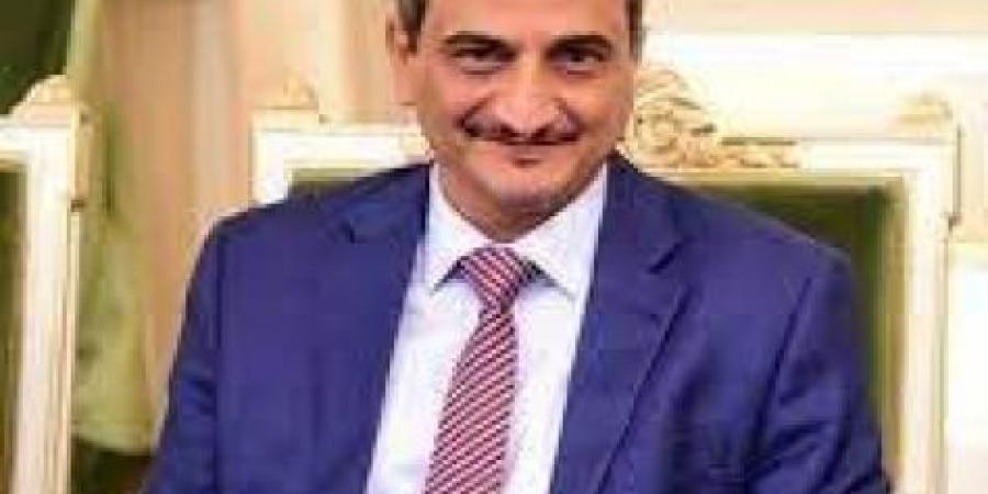"""""""لن نتهاون في حفظ الأمن والاستقرار"""".. محافظ عدن يعلق على الاشتباكات في مدينة كريتر"""