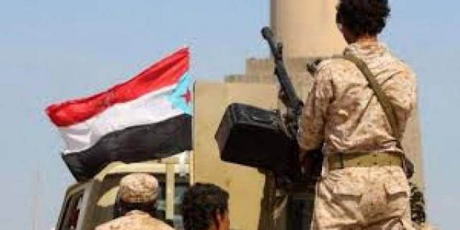 """تغير موازين القوى في عدن غداة اندلاع """"حرب شوارع"""" خلفت قتلى وجرحى (تفاصيل)"""