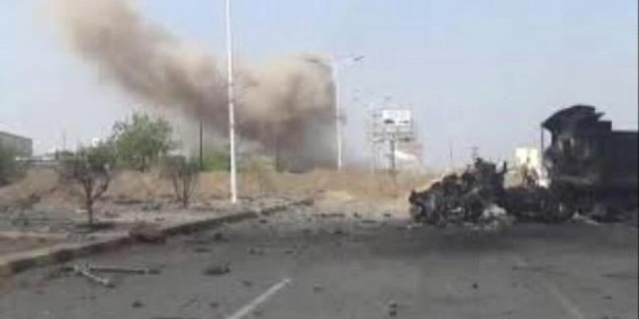 مليشيا الحوثي تواصل قصف حيس بالحديدة