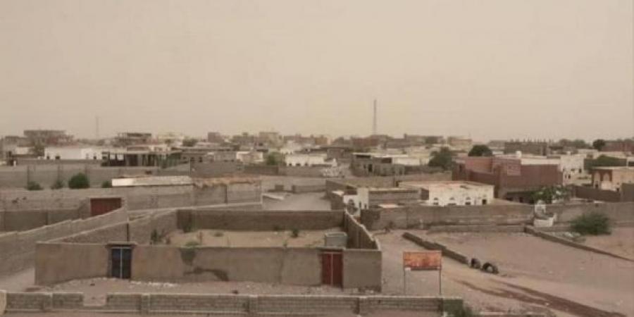 مليشيا الحوثي تواصل إستهداف منازل المواطنين بالحديدة