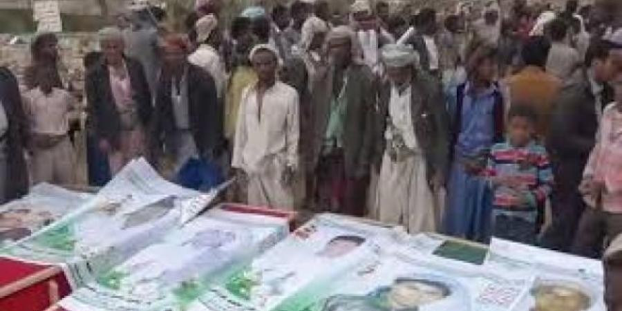 """إنفاذاً لتوجيهات """"عبدالملك""""... جماعة الحوثي تضحي بـ480 يمني من المهمشين خلال أسبوع فقط"""