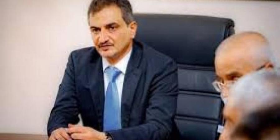 مقتل عدد من أقارب محافظ عدن ''لملس'' ومرافقه الشخصي في انفجار سيارة مفخخة