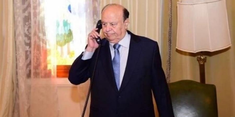"""صحيان مفاجئ لـ""""هادي"""" إثر صمود مأرب الأسطوري في وجه الحوثيين و""""العرادة"""" يطمأن الجميع"""