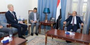 الجنرال الأحمر : حربنا دفاعية ونرحب بالحوار مع الحوثيين وفق 3 شروط أساسية
