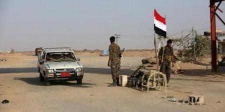 """هجوم مسلح يستهدف نقطة عسكرية في منطقة """"الرويك"""" بمأرب.. وسقوط قتلى وجرحى من أفراد الجيش"""