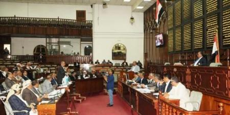 """""""الحوثيون"""" ينفذون انقلاباً جديداً ضد آخر المجالس """"الشرعية"""" في صنعاء وعدة محافظات"""