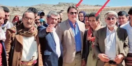 """بالصور مهزلة أممية في """"العبدية"""" تشعل موجة غضب بين اليمنيين.. وتكشف تأمر أممي حوثي في مأرب"""