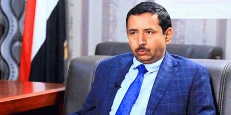 محافظ شبوة ''بن عديو'' يُطالب بتدخل دولي في المحافظة .. تزامنًا مع تصعيد الحوثيين والانتقالي!!