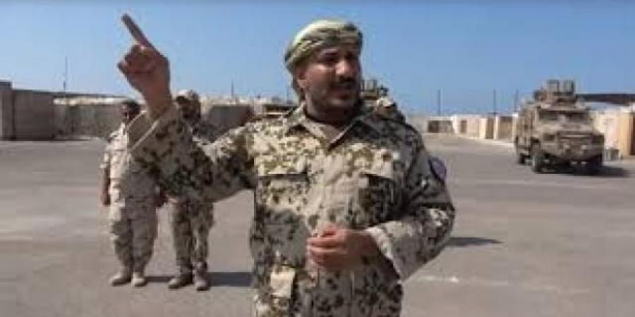 خبير عسكري يكشف أسباب نقل قوات ''طارق صالح'' من الحديدة