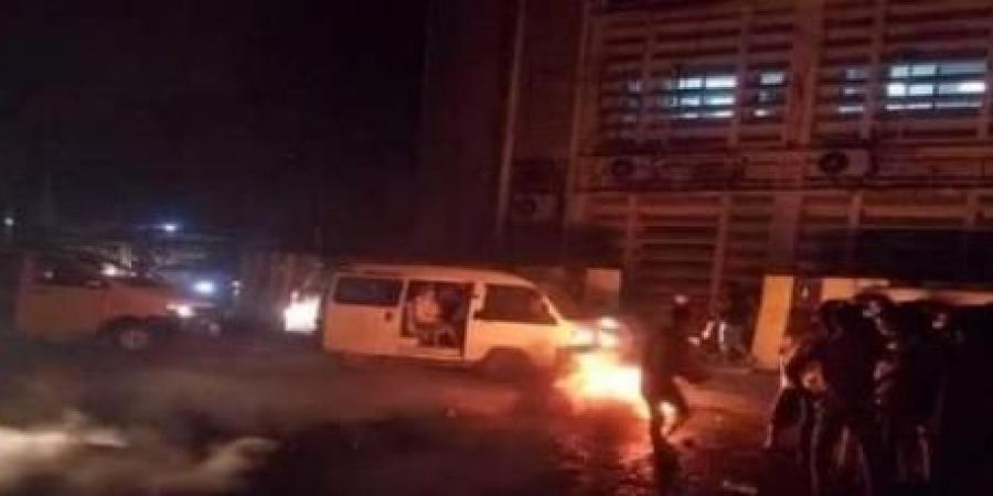 اطلاق نار وانتشار أمني كثيف ... توتر أمني حاد في العاصمة المؤقتة عدن والمدرعات تملأ الشوارع