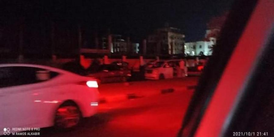 بعد يوم من اعتقال مسؤول أمني..قوات أمنية تنفذ انتشاراً واسعاً داخل كريتر بعدن