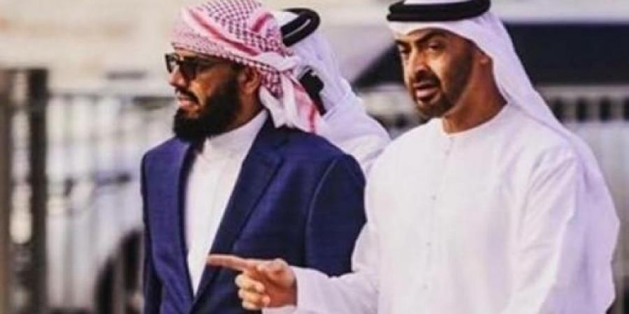 """الإمارات تطيح بـ""""بن بريك"""" من منصب نائب رئيس المجلس الانتقالي"""