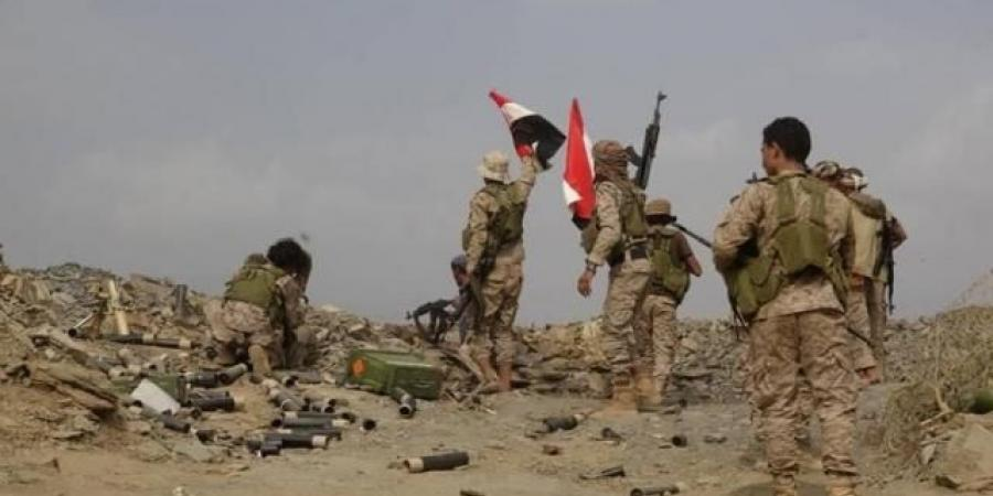 انتكاسة كبرى للحوثيين في تعز والجيش يحرر مواقع عسكرية بعد هجوم معاكس