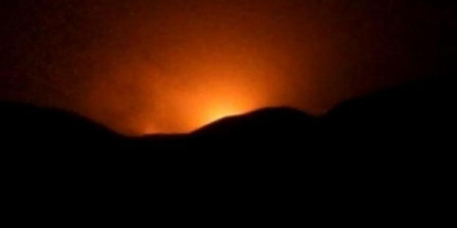الطيران الملكي السعودي يشعل جبهات مأرب الغربية قبل قليل ويضرب الميليشيا في مقتل