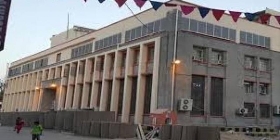 """البنك المركزي اليمني يبعث تطميناً جديداً لـ""""الموطنين"""" بعد أن هوى الريال إلى أدنى مستوى له في التاريخ"""