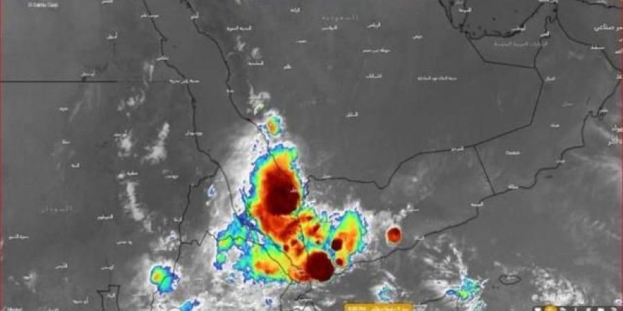 """استمرار تأثير الاعصار """"شاهين"""" على عدد من المحافظات اليمنية"""