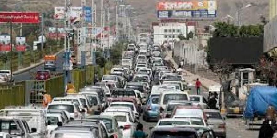 شركة النفط في صنعاء تعلن فتح محطاتها اليوم وهذه هي الأسعار