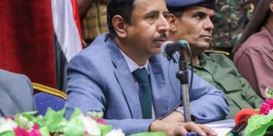 محافظ شبوة ''بن عديو'' يخرج عن صمته ويعلن الحرب على الحوثيين تحت راية هذا القائد