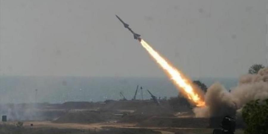 هجوم حوثي بالستي على محافظة جنوبية