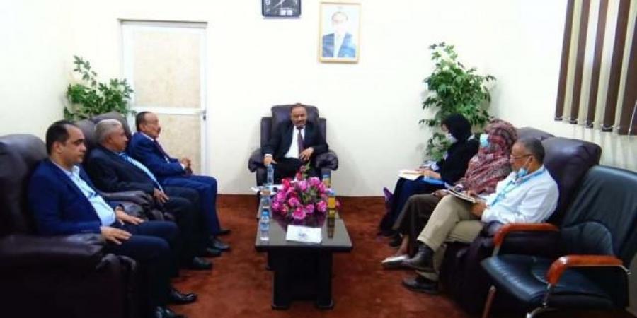 وزير النقل يطالب بضغط دولي على الحوثيين بشأن خزان صافر العائم