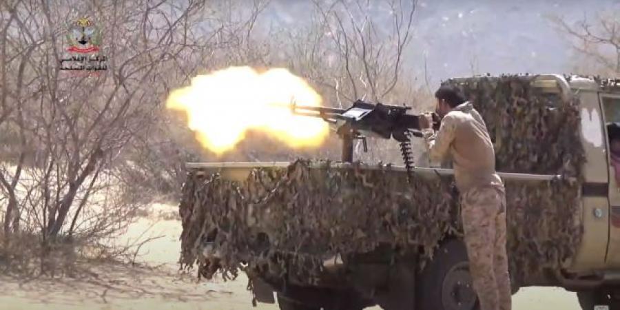 شاهد بالفيديو معارك عسكرية طاحنة في الجوبة بمأرب