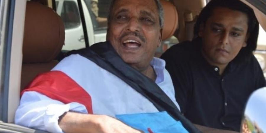 السلطات الأمنية بحضرموت تمنع موكب القيادي الجنوبي حسن باعوم من دخول الشحر اثناء عودته من سلطنة عمان