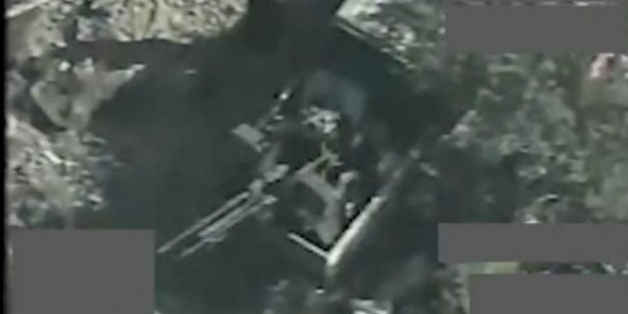 """شاهد.. عملية عسكرية نوعية تحول مقاتلي الحوثي وآلياتهم إلى """"فحم"""" بمديرية العبدية"""